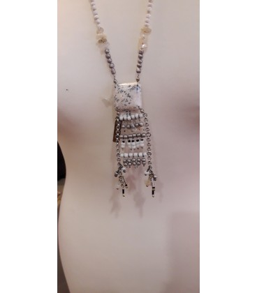 Collier 14