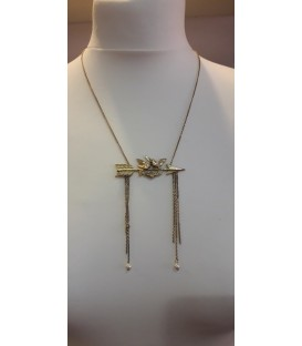 Collier 18